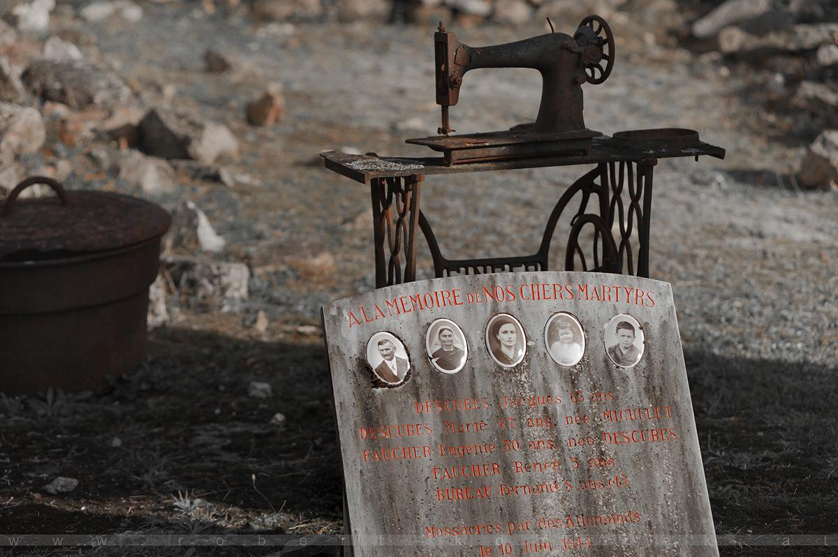 A la memoire de nos chers martyrs - Oradour-sur-Glane / France 1944/2017