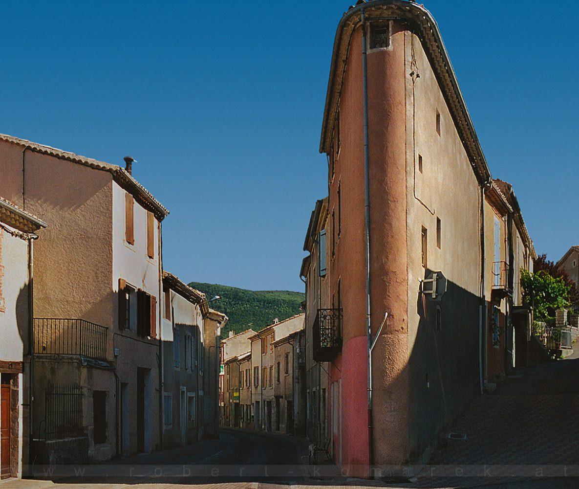 Flat Iron - Sault. Provence / France 2004