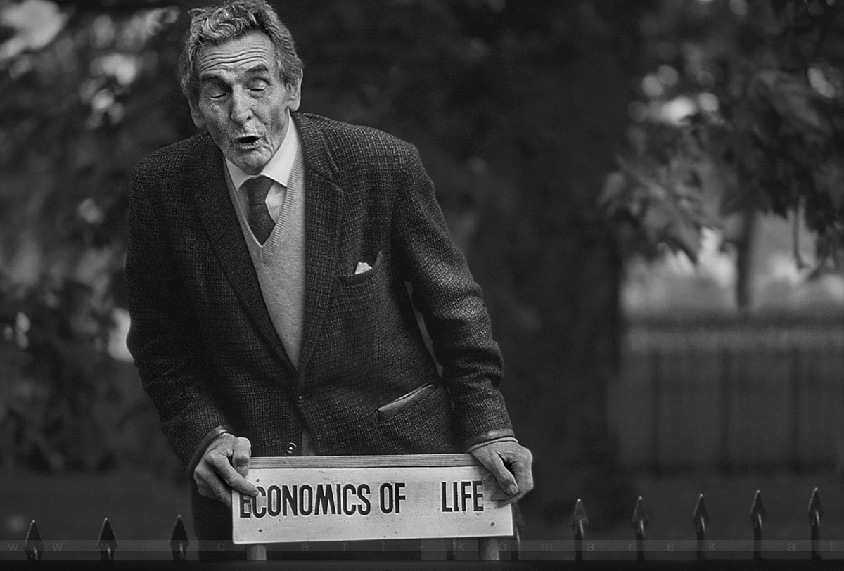 Economics of Life - Hyde Park Corner, London / UK 1979