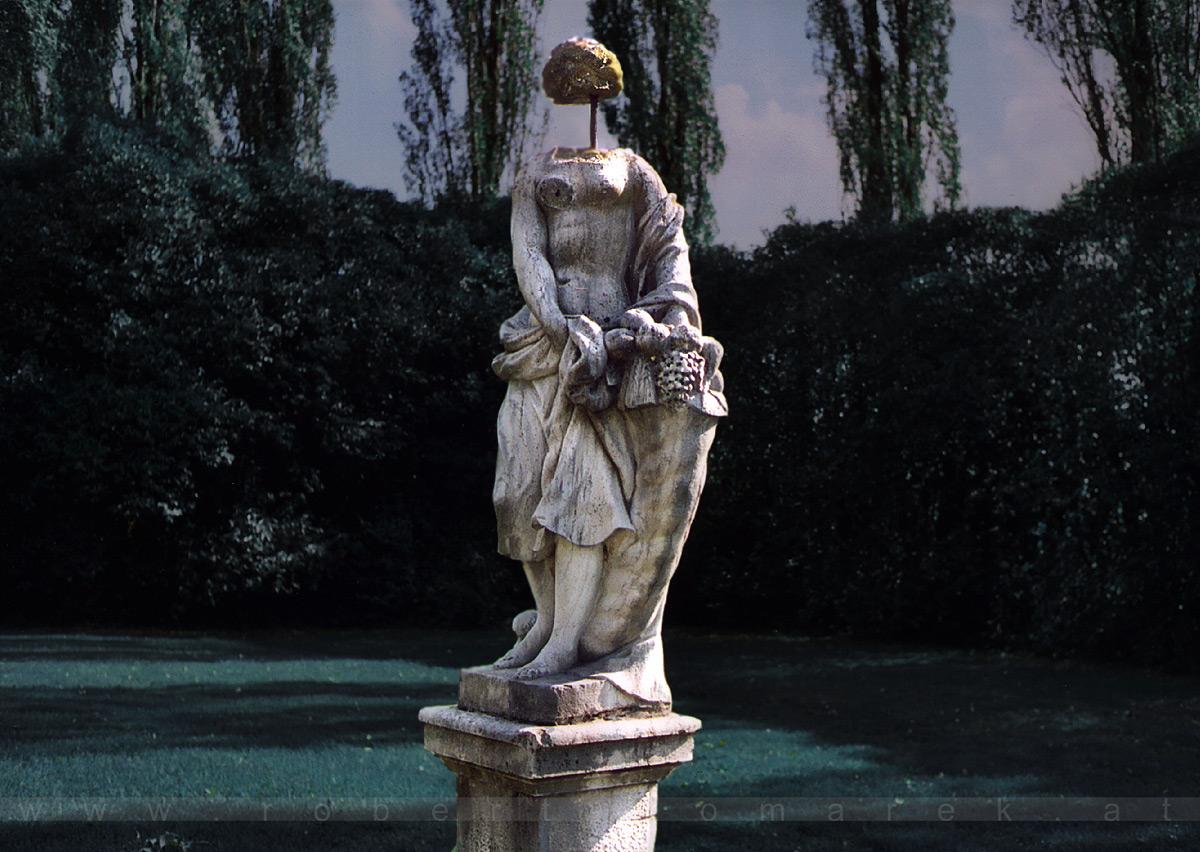 Giorgio de Chirico's Muse - Villa Giustinian, Portobuffolè, Veneto / Italy 2003