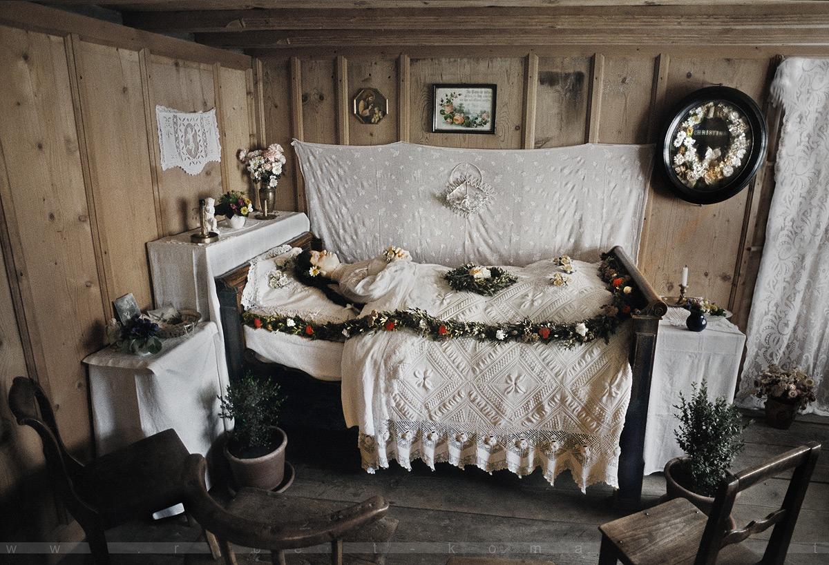 Death - Outdoor Museum Ballenberg, Lake Brienz / Switzerland 2002