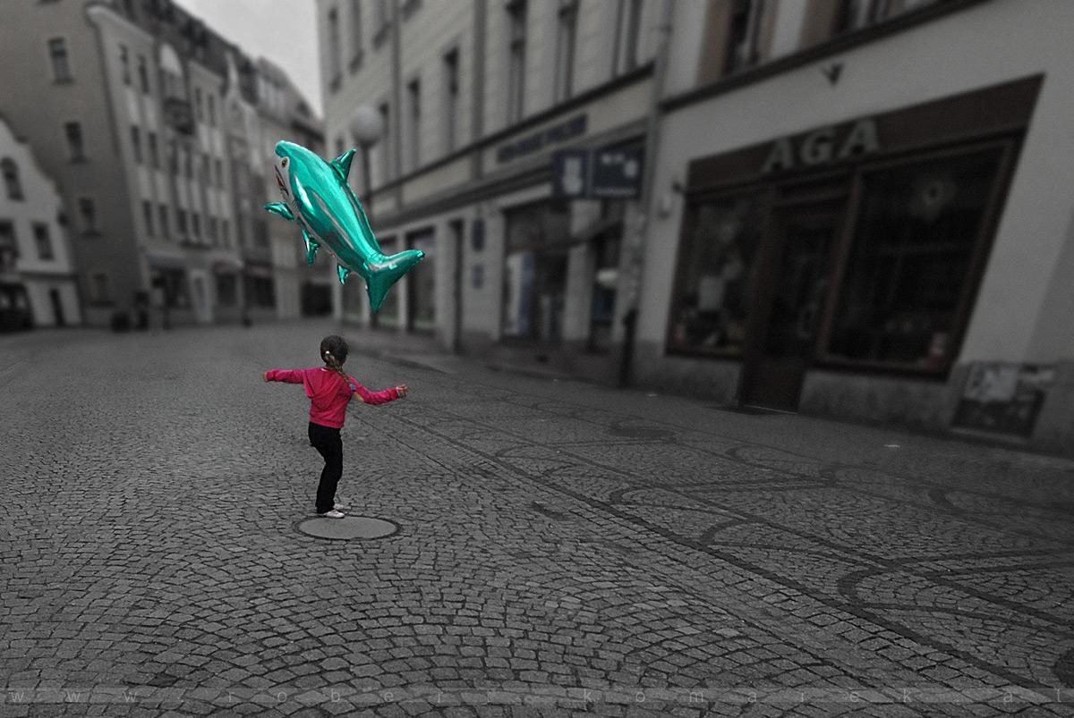The Girl And The Fish - Jelenia Gora / Poland 2008